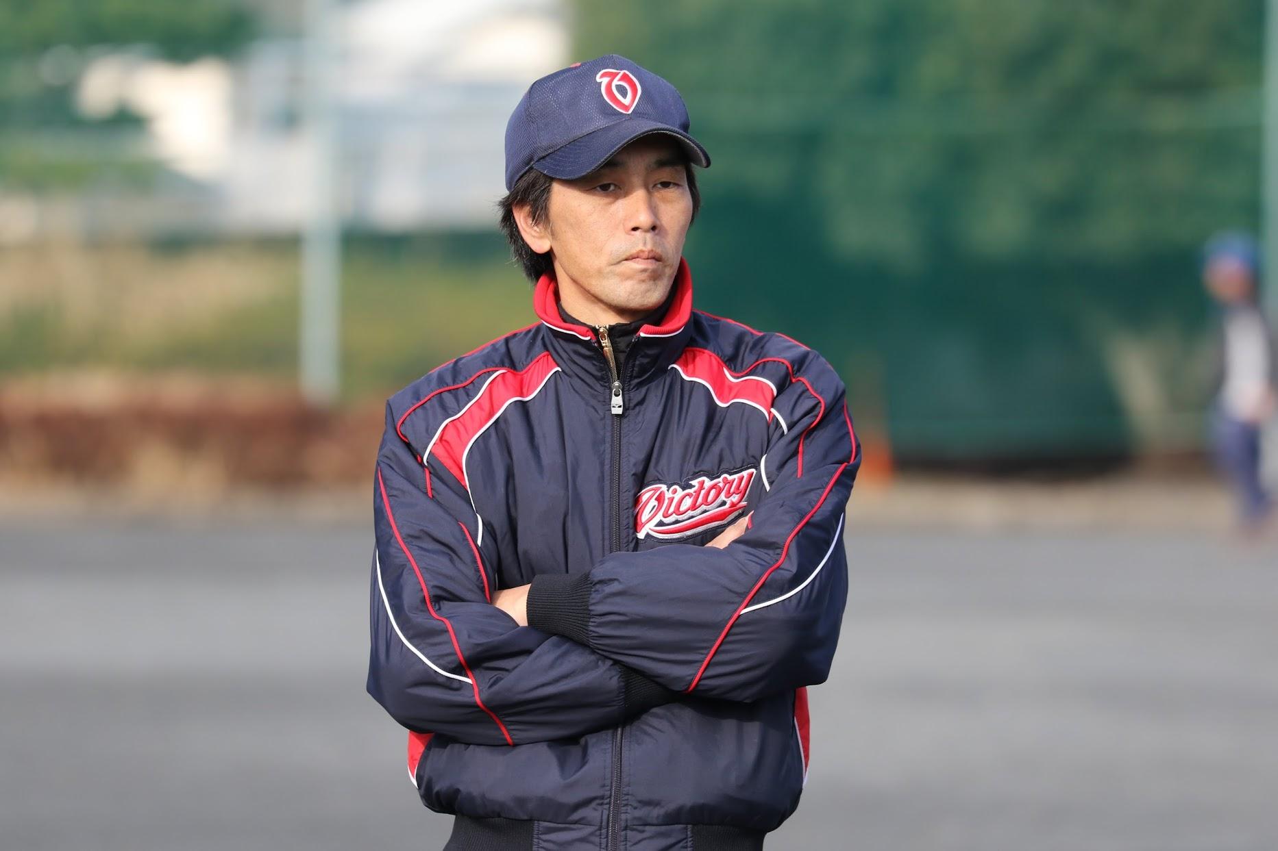 山岸コーチ