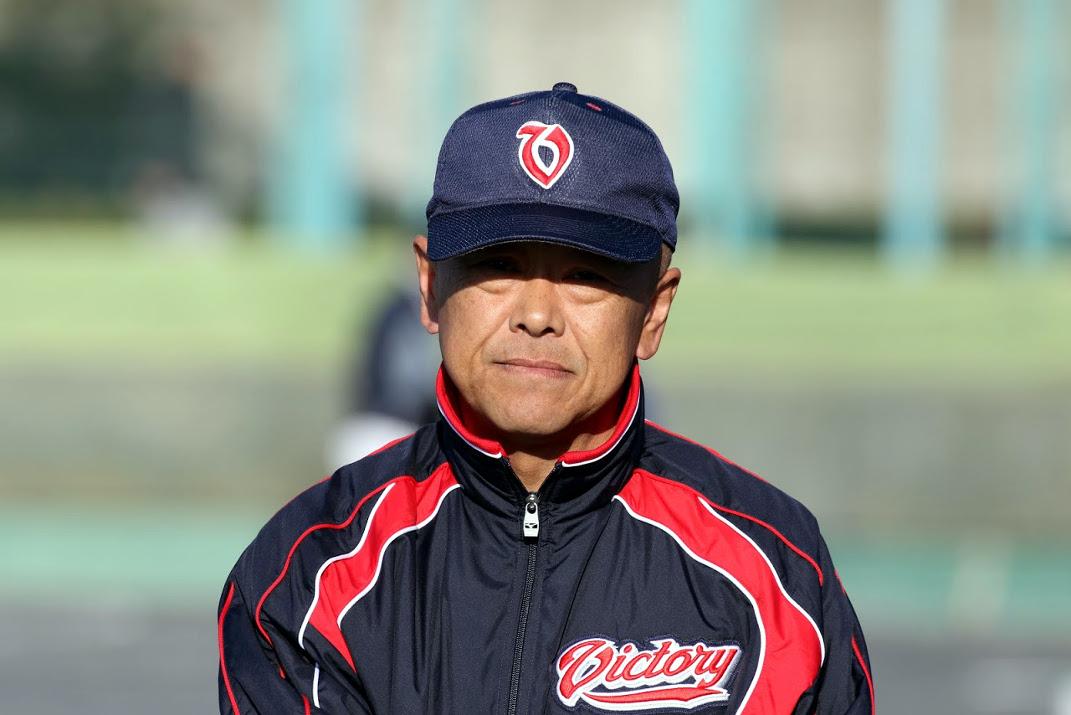 鈴木ヘッドコーチ